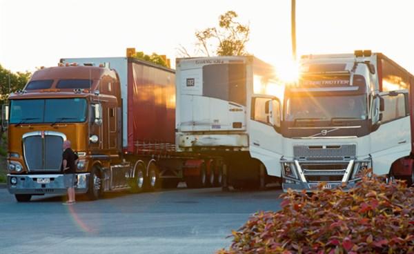 Clash -of -the -Titans ,-the -wrap ,-Trade Trucks7