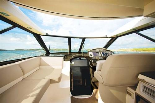 Regal 42 Sport Coupe cockpit
