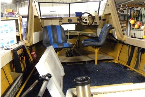 1986 Quintrex interior