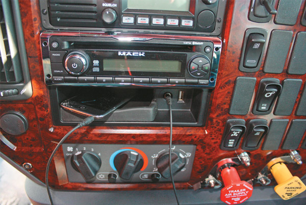 Mack ,-MP10,-Super -Liner ,-truck ,-review ,-ATN4