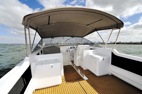 Caribbean 27 Runabout layout