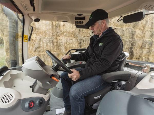Mc Cormick X7.660 Tractor -interior