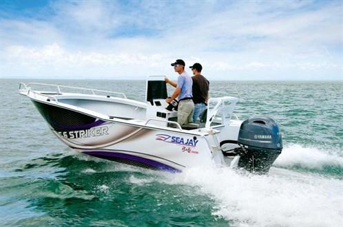 Sea Jay 5.6 Striker on the water