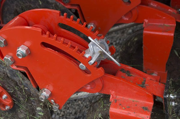 Kuhn SDE 3000 Seed Drill -press Wheels _4373