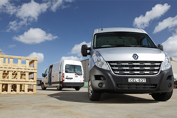 Renault -Master ,-launch ,-van ,-review ,-ATN