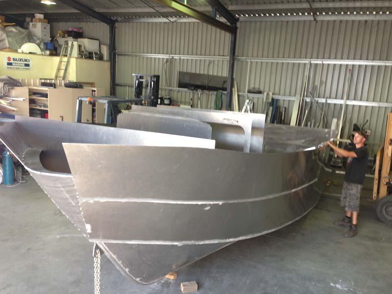Leak tested aluminium hull