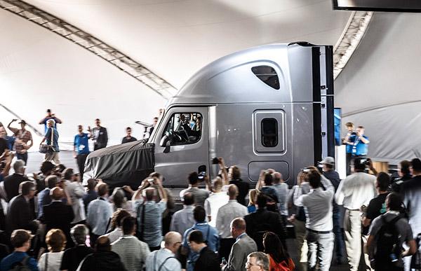 Freightliner ,-Inspiration ,-Truck ,-Cascadia ,-Autonomous -Vehicle ,-ATN7