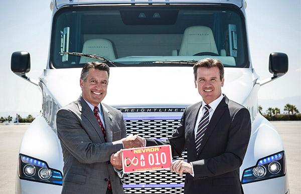 Freightliner ,-Inspiration ,-Truck ,-Cascadia ,-Autonomous -Vehicle ,-ATN8