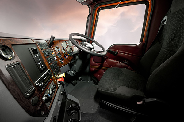 Mack -Trident ,-m Drive ,-truck ,-review ,-ATN3