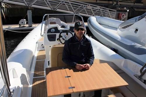 Folding table on SACS Sport 780