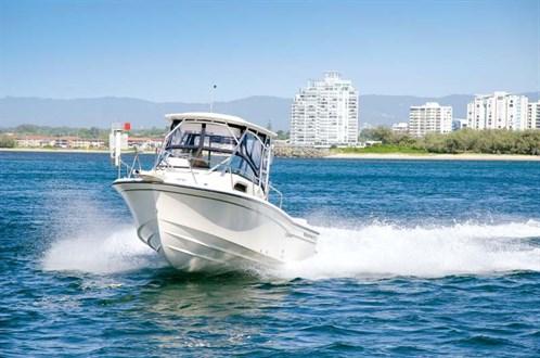 Grady-White Seafarer 226 on the water