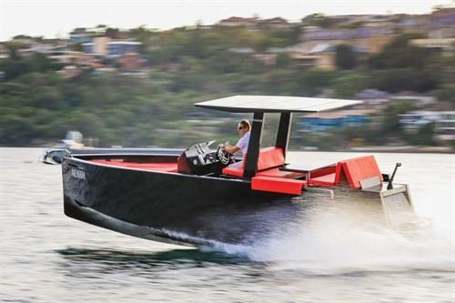 De Antonio D23 luxury boat