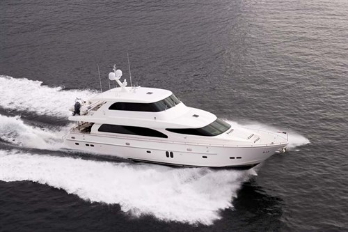 Horizon E84 luxury motor yacht