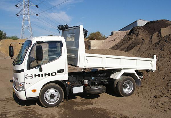 Hino -614-Auto -Dump -4x 2,-truck ,-review ,-ATN4