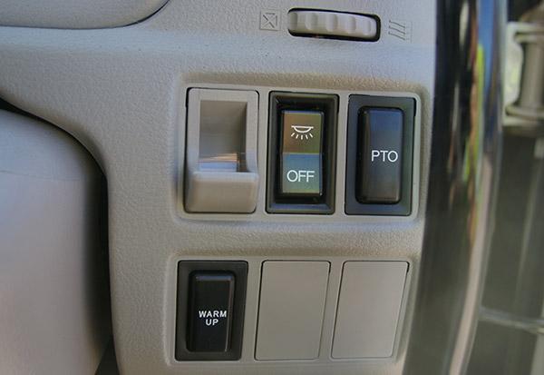 Hino -614-Auto -Dump -4x 2,-truck ,-review ,-ATN5