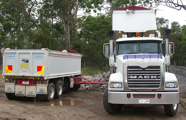 Mack ,-Trident ,-6x 4,-truck ,-review ,-ATN3