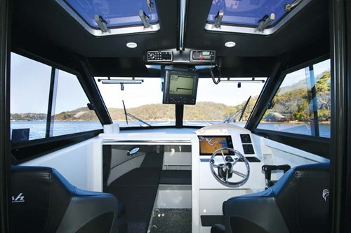 Sailfish S8 power cat cabin