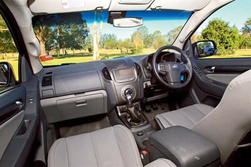 Holden Colorado 7 LTZ front interior