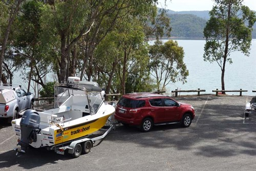 Holden Colorado 7 LTZ towing a boat