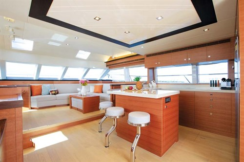 Horizon PC52 galley