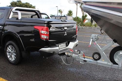 Mitsubishi Triton GLS 4WD with trailer