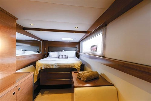 Fountaine Pajot Cumberland 47LR stateroom