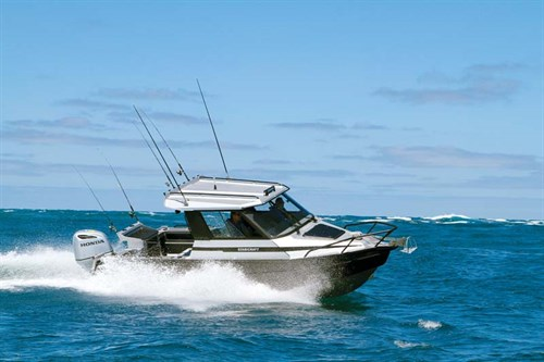 Stabicraft 2400 Supercab in rough water
