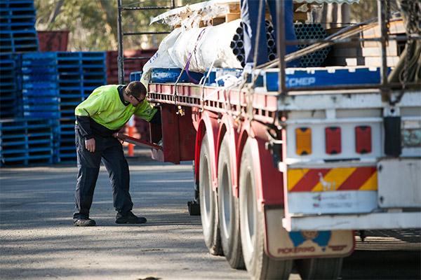 Pickering -Transport ,-Victoria ,-Trade Trucks3