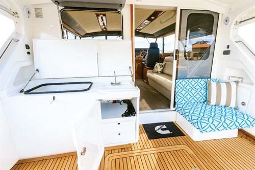 Cockpit on Caribbean 420 Express