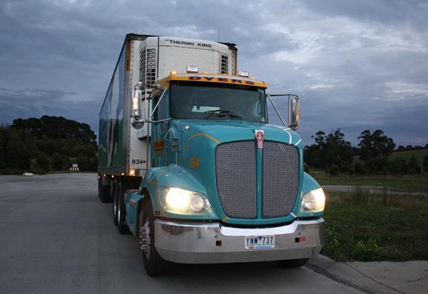 Kenworth ,-T403,-Trade Trucks