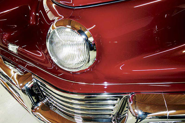 Tucker -Cyclops -headlight -600