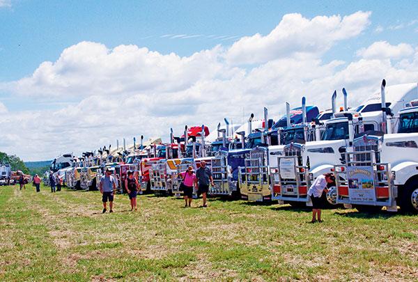 2015,-Lights -on -the -Hill ,-Trade Trucks 16