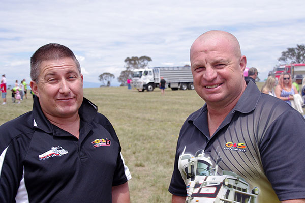 Canberra -Convoy ,-Cancer -Families ,-2015,-event ,-Trade Trucks 30