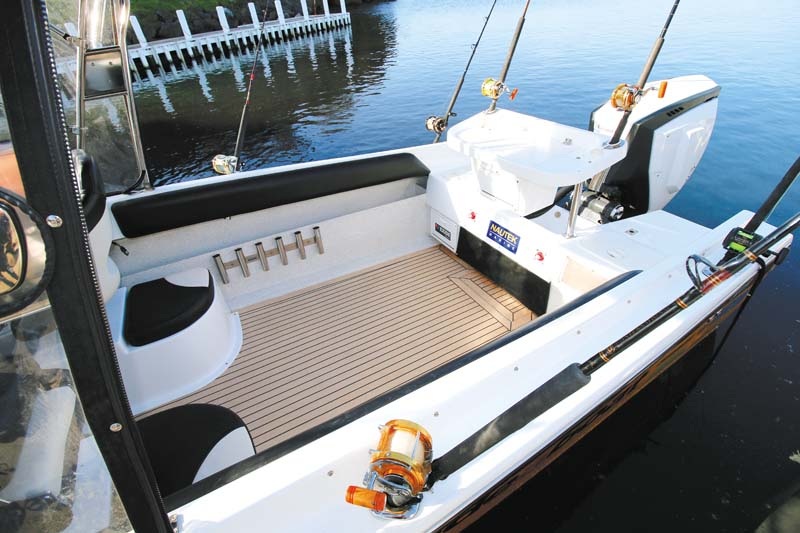 Padded coamings on Haines V19R project boat