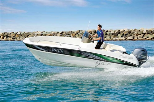 Karnic Smart One 55 Centre Console boat