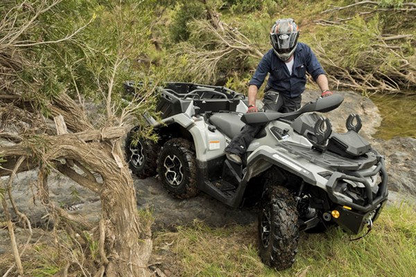 Can Am Outlander 650 XT 6x 6_manuevrability _2