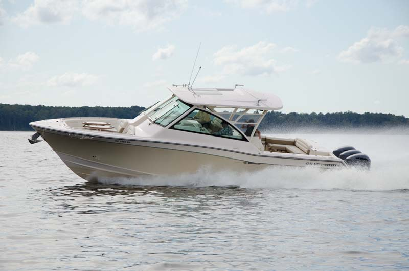 Grady-White 375 Freedom big luxury bowrider