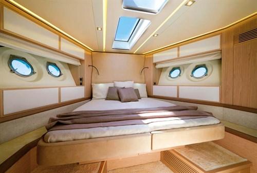 Luxurious cabin inside Monte Carlo 6