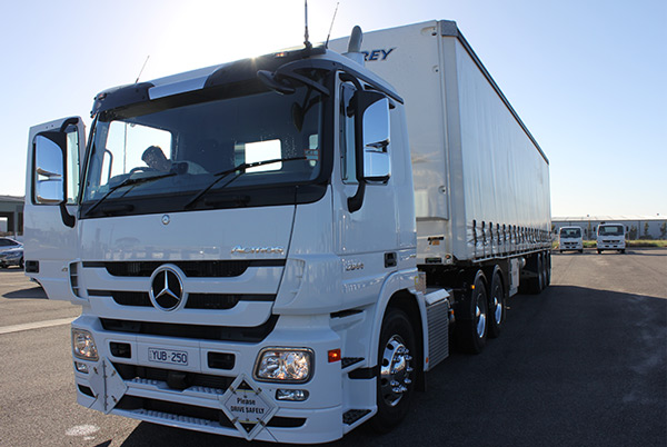 Mercedes -Benz ,-Actros -2644LS-Fleet Star ,-truck ,-review ,-ATN2