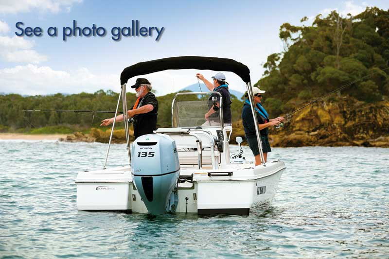 Robalo Cayman 206 photo galley
