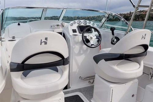 Helm of Haines Hunter 565R