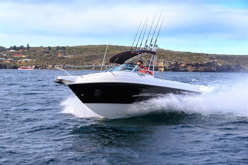 Haines Hunter 565R in rough water