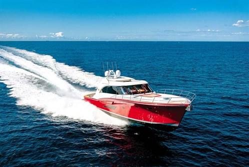 Cresta 70 motor yacht