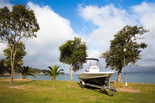 Beachside accommodation at Sapphire Sun Eco Village