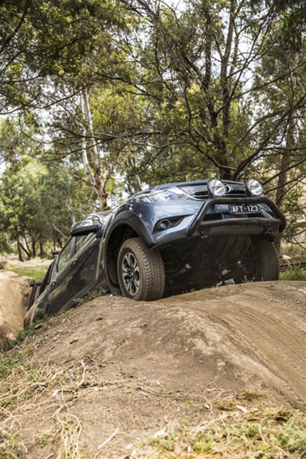 Ute Shoot Out -Mazda BT-50_exterior