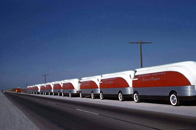 Futurliner _Parage -of -Progress -658