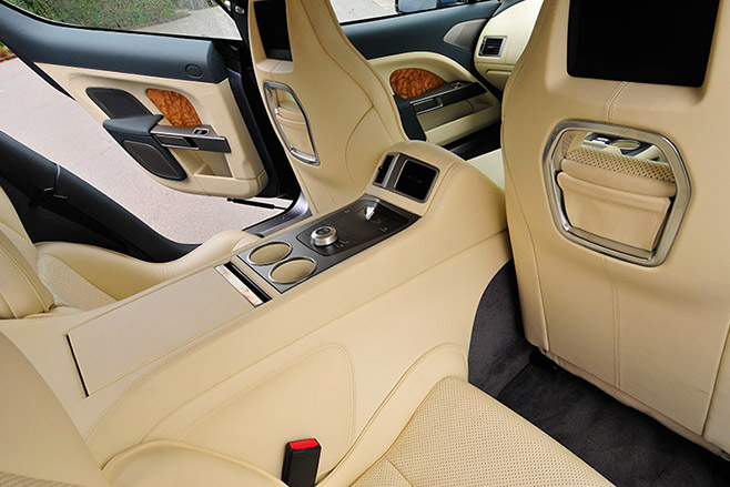 Aston -Martin -rapide -interior -rear
