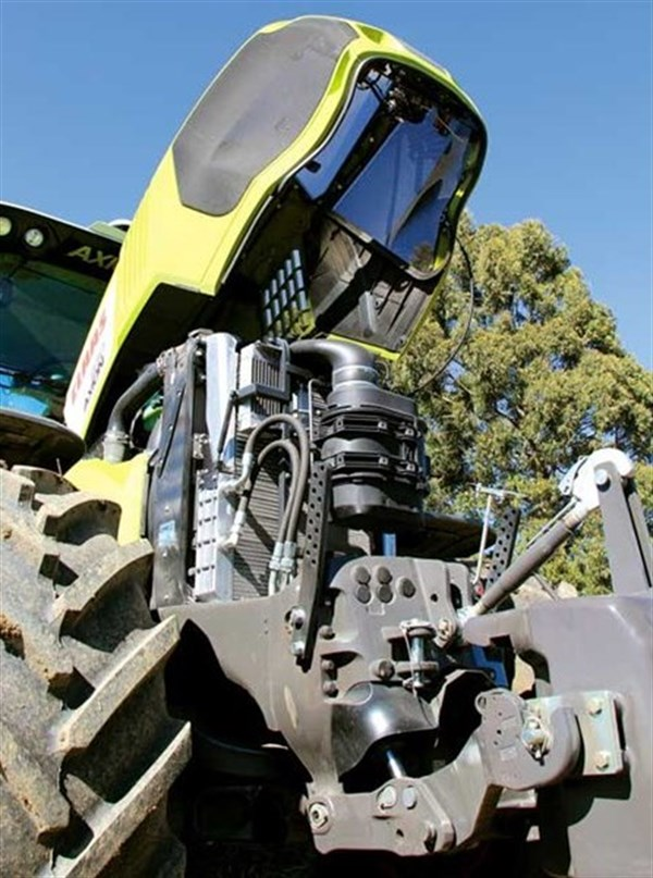 Claas Axion 830 Engine