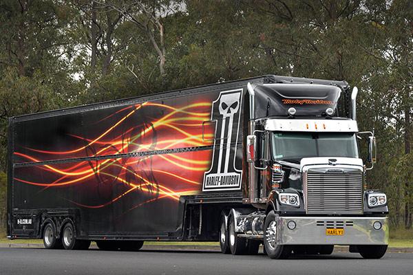 Freightliner ,-review ,-tradetrucks ,-Harley -Davidson ,-TT3