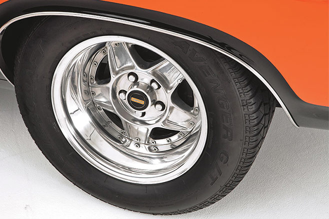 Ford -Falcon -XA-GT-WHEEL-658